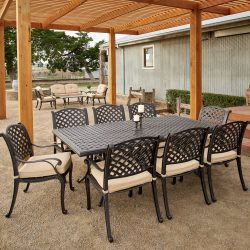 Nassau 9 Piece Dining Setting